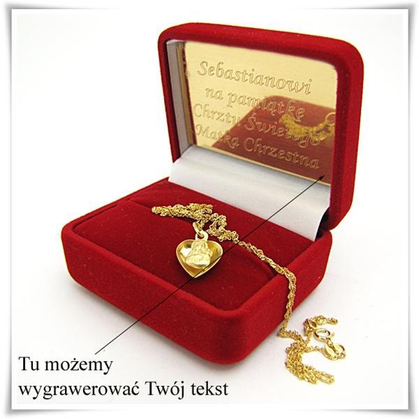 złoty medalik z łańcuszkiem w etui z grawerem