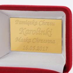 kolczyki w eleganckim pudełku z grawerem na prezent