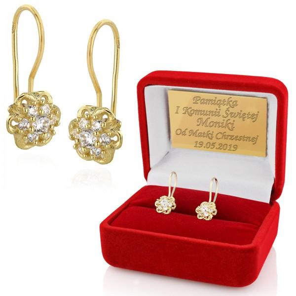 kolczyki złote w pudełku z dedykacją na prezent komunijny