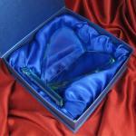 szklana statuetka na pamiątkę I Komunii
