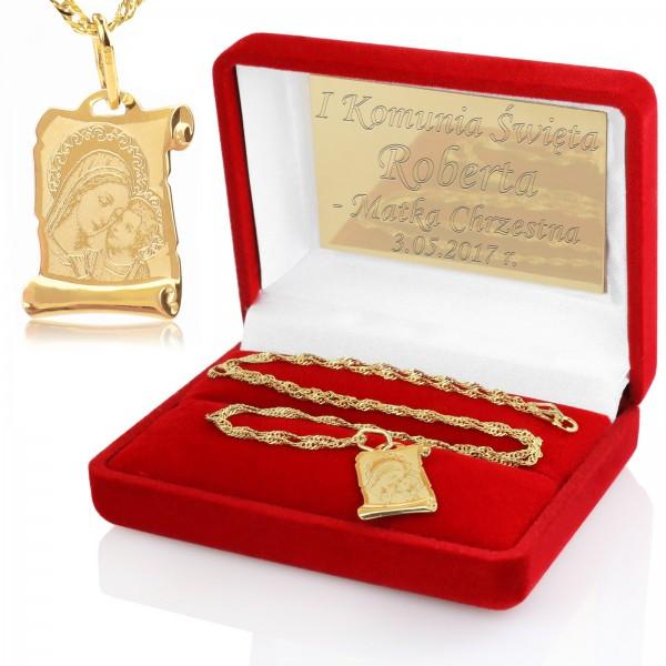 medalik w pudełeczku na pamiątkę komunii