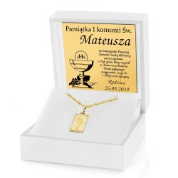 złota biżuteria z dedykacją na prezent z okazji komunii