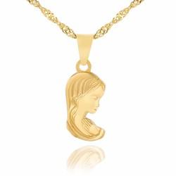 medalik ze złota z Matką Boską na łańcuszku