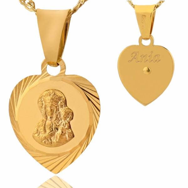 medalik ze złota w kształcie serca z grawerem imienia