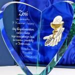 prezent na komunię dla dziewczynki serce ze szkła z grawerem